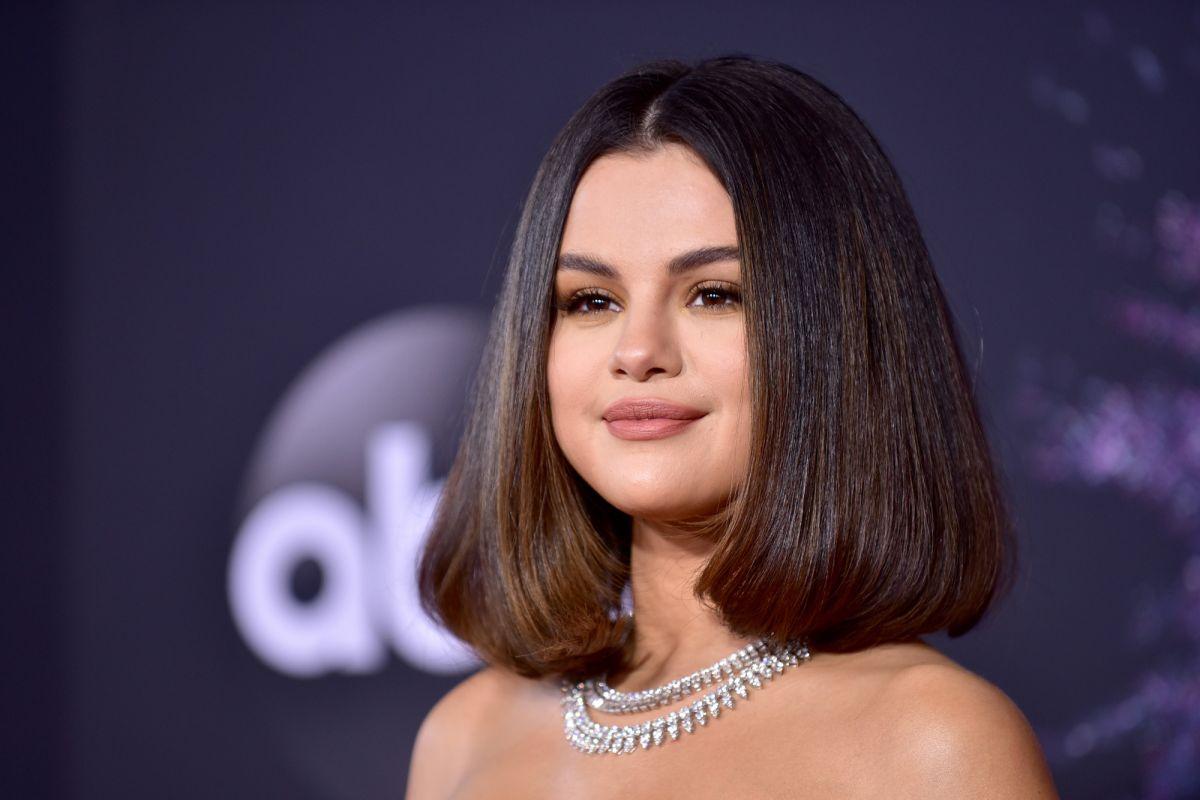 Selena Gomez anuncia sua nova linha de maquiagem, Rare Beauty